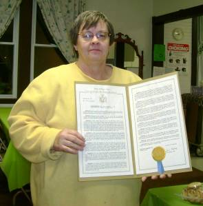 Joyce with certificate NNYFed of Womens Clubs